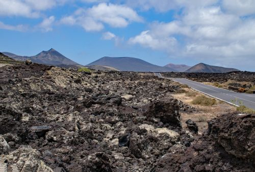 timanfaya,Nacionalinis parkas,lanzarote,Kanarų salos,Ispanija,afrika,kraštovaizdis,gamta,lankytinos vietos,vulkanas,lava,kalnai