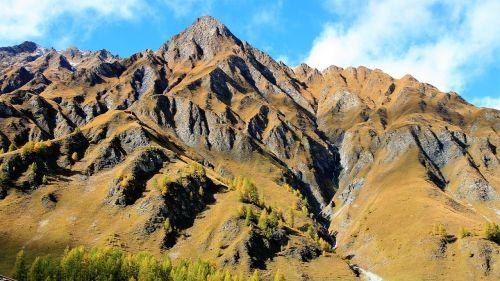 viršūnės,pakilti kalnai,kalnų grožis,debesys,saulėtas,raudona,turizmas,gamtos grožis,Alpės,ežeras