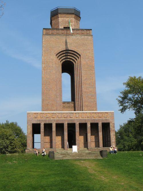 bokštas,pastatas,istoriškai