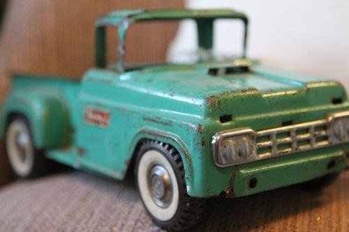 žaislas,sunkvežimis,Senovinis,kolekcionuojami,linksma,spalvinga,pikapas,automobilis,ratas,apkrova,Žaislinė mašina,žaislinis sunkvežimis,vintage,retro,turkis,Grilis,klasikinis,klasikinis automobilis,klasikinis sunkvežimis,klasikinis žaislas