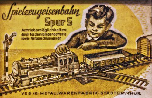 žaislinis traukinys, modelio traukinys, lakštinio metalo geležinkelis, modelio geležinkelis, reklama, retro, spaudimas, senas, istoriškai, atspausdintas, be honoraro mokesčio