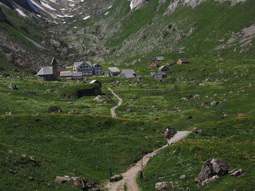 takas,žygis,keliautojas,Bergdorf,meglisalp,Alpių kaimas,appenzell,vidausrhoden,Alpsteino regionas,Kelionės tikslas,bažnyčia,namai,koplyčia,migracijos tikslas