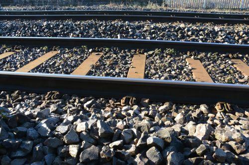 traukinio bėgiai,bėgiai,geležinkelis,trasa,geležinkelis,kelionė,transportas,tranzitas,plienas,perspektyva,kelionė,kelias,geležis,greitis,važinėti į darbą,geležinkelio keliai,linija,ryšiai,metalas,kelionė,kryptis,praėjimas,industrija,gabenimas,kelionė