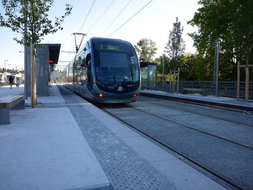 tramvajus,prieplauka,transportas,stotis,france,bordo,miesto transportas,viešasis transportas