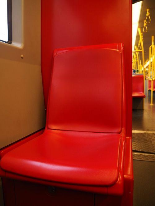transportas,viešasis transportas,tramvajus,viešoji personańnahverkehr,viešosios transporto priemonės,keleivių transportas,vairuoti,geležinkelių transportas,transporto priemonė,eismas,atrodė,traukinių stotis,judėjimas,sustabdyti,sėdynė,raudona