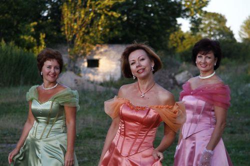 trio,muzika,daina,moteris