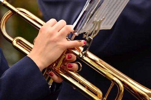 trimitas, džiazo, instrumentas, žygiavimas, muzika, orkestras, Žalvaris, muzikos grupė, dūdų orkestras, muzikinis instrumentas, pučiamųjų instrumentų, žalvario priemonė, tradicinė muzika, trimitininkas