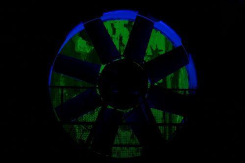 turbinos ratas,vandens galia,naktinė nuotrauka,pramoninis paveldas,Duisburgas,Šiaurės kraštovaizdžio parkas naktinė fotografija,pramoninė gamykla,naktis