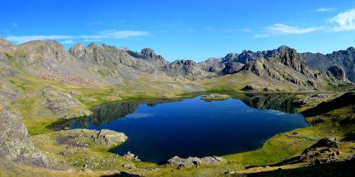 Turkija,kaçkars,ežeras,Juodoji jūra,kraštovaizdis,natūralus kalakutas,dangus,mėlynas,gamta,ispiras,akmenys,kalnas,septyni ežerai