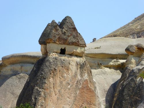 Turkija,urvų būstuose,cappadocia