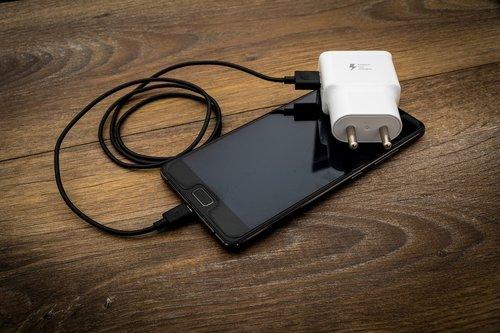 dviejų kaištis, dviejų polių kištukas, reikmenys, aksesuaras, adapteris, kabelis, Mobilusis telefonas, mokestis, kroviklis, įkrovimo, vairuoti, mobiliojo telefono įkroviklis, tinklas, Telefonas, telefono pakrovėjas, kaištis, plastmasinis, kištukas, uosto, Nešiojami, nešiojamas 2 kontaktų, Išmanusis telefonas, USB, USB kabelis, USB įkroviklis