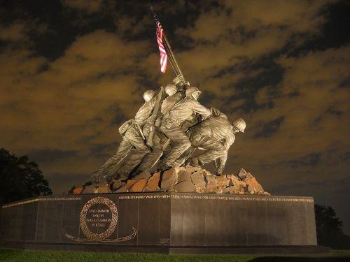 mus marines karo memorialas, naktis, iwo jima, amerikietis, kariuomenė, paminklas, patriotinis, vėliava, apšviestas, apšviestas, istorinis, Antrasis Pasaulinis Karas, usa, garbė