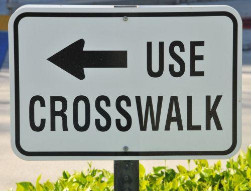 pėsčiųjų takas, ženklas, ženklai, vadovavimas, visuomenė, instrukcija, vaikščioti, vaikščioti, saugumas, saugus, atsargiai, Naudokitės kryžminiu ženklu