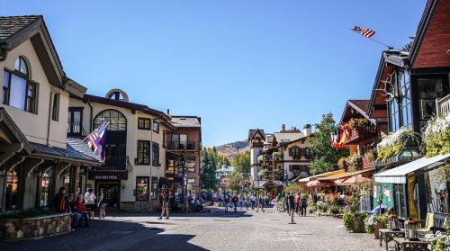 vail colorado,kaimas,architektūra,kraštovaizdis,dangus,usa,saulėtas,spalvinga,pastatas,Kelionės tikslas,lauke,vaizdingas,saulėtas dangus