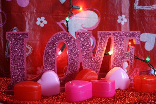 valentine,Valentino diena,raudona,rožinis,širdis,žibintai,šventinis,romantika,meilė,dekoruoti,apdaila,spindesys,ženklas,saldainiai,Būk mano