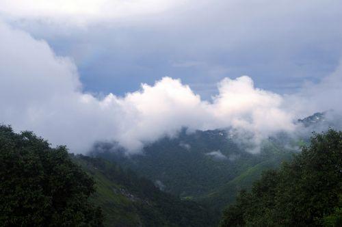 kalvos, slėnis, debesys, gamta, medžiai, dangus, kalnas, debesų slėnis 04