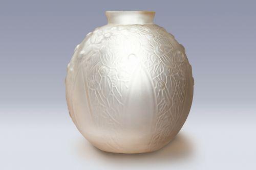 vazos,stiklas,meno déco,meno décoratifs,presuotas stiklas,stiklo vazos,dekoratyvinis,skaidrus,menas,dizaino istorija,maždaug 1925 m .,dizainas,prekė,moderni klasika