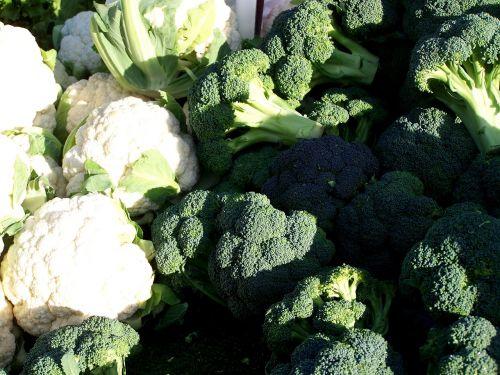daržovės, žiediniai kopūstai, parduoti šviežias daržoves, gėlių daržovės, balta, žalias, sveikas, maistas, prekystalis