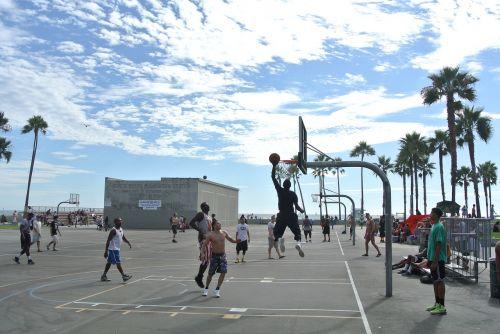 Venecijos paplūdimys,krepšinis,apyrankės,šaudyti,šuolis,Los Andželas,Kalifornija,usa,Sportas,rezultatas