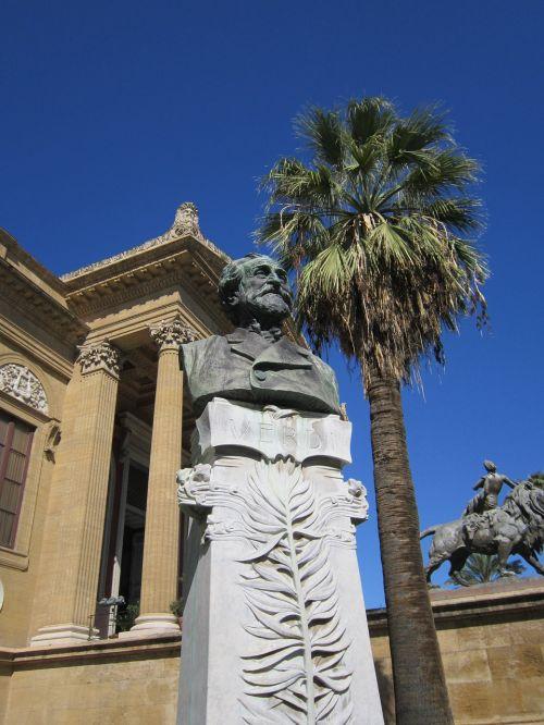verdi,giuseppe verdi,biustas,teatras palermo,Palermo,teatras,kompozitorius,opera,operos muzika,atmintis,skulptūra,menininkai