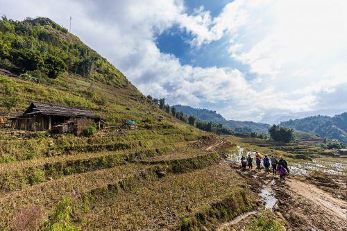 Vietnamas, Sapa, Šiaurės Vietnamas, Šiaurė, asija, asia kelionės, kelias, žmogus, miestas, turgus, turizmas, Сапатур, krepšeliai, valgyti, maistas, moterys, be honoraro mokesčio