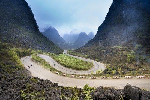 Vietnamas, ha giang, Gatvė, kalnų, provincija, kalnų didelis, gražus, peizažas, Šalis, fonas, natūralus, kraštovaizdis, žalias, dangus, kelionė, Orų, medis, lauke, miškas, Azijos, vaizdingas, žemės, Kaimas, dangus, kaimas, debesys, augalų, aplinka, kreivė, vandens, kalva, slėnis, kaklo, laukas, rūkas