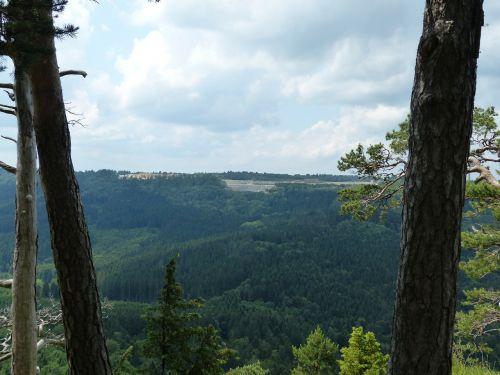 požiūris,tolimas vaizdas,Plettenberg,avių kalnas,swabian alb,Zollernalb,albų karnizai,žygis,daugiau,alb hike,ekskursijos diena,Kelionės tikslas,swabian alb nordrand maršrutas,Balingen kalnai,balingen