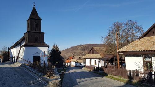 kaimas,regionas,hollókő,vengrija,bažnyčia,koplyčia,pasaulio paveldo vieta,sodyba,kaimas,architektūra