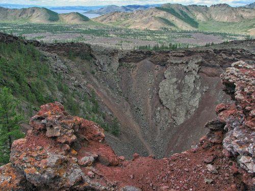 vulkanas,išnykęs,volcano khorgo,piltuvėlis,lava,kalnai,ežero terjinas,vulkaninis kraštovaizdis,gamta,Mongolija,hdr