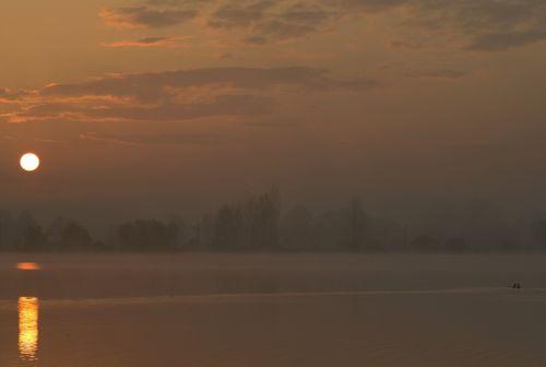 saulėtekis, atspindys, tvenkinys, vanduo, oranžinė, migla, gamta, saulėtekis rūke