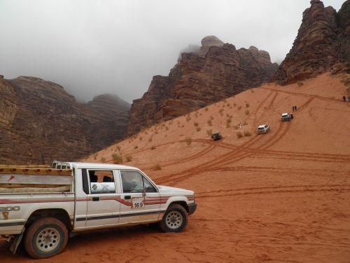 Wadi, Wadi Rum, Turistų Atrakcijos, Dykuma, Smėlis, Mėnulio Slėnis, Jordan
