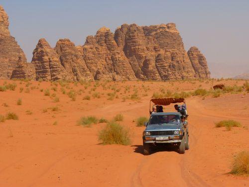 Wadi Rum, Negev, Negev Dykuma, Jordan, Šventė, Kelionė, Artimieji Rytai, Kraštovaizdis, Gamta, Dykuma, Smėlis, Safari, Jeep