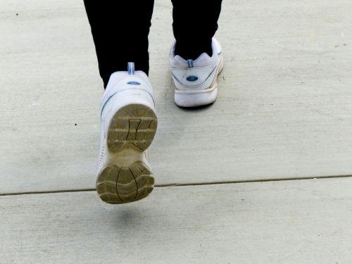 vaikščioti, vaikščioti, tenisas, avalynė, pratimas, paprastas, vaikščioti