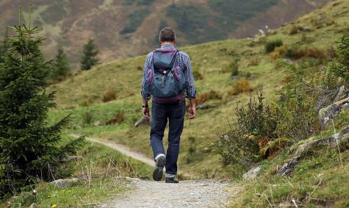 keliautojas,kuprinė,žygis,toli,kelias,kalnų žygiai,žygiai,nuotykis,Kelionės tikslas,atsekti,takas,veikla,pasivaikščiojimas,eiti,pasitraukti,keliautojas,turistinis,atsigavimas,gyvenimo būdas,požiūris į gyvenimą,gyvenimo būdas,aukštas,kalnas,gamta,kraštovaizdis,kalnų peizažas,kalnų kelias,alpinistas,supakuotas,turėti,paskutinis,kalnų kelionė,kalnų žygis,žygio turas,kalnų takas
