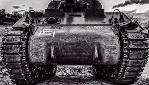 Karas,  Panzer,  Priekinis,  Kariuomenė,  Gynyba,  Ginklas,  Šaudyti,  Vikšrinė Mašina,  Ataka,  Karinės Technologijos,  Naudoti,  Grėsmė,  Baimė,  Smurtinis,  Juoda Balta,  Normandija,  France,  Paminklas,  D Diena,  Pasaulinis Karas,  Antrasis Pasaulinis Karas,  Be Honoraro Mokesčio