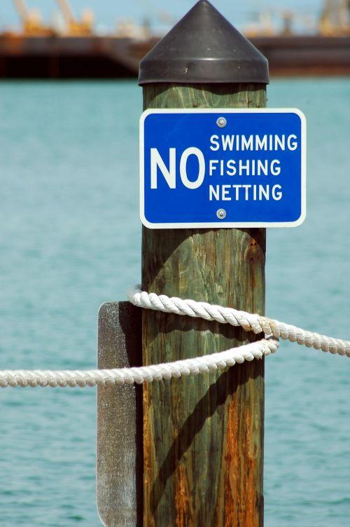 ženklas, ne & nbsp, plaukiojimas, ne & nbsp, žvejyba, nėra tinklinio audinio, įspėjimas, ženklai, lauke, marina, prieplauka, įspėjimo ženklas prieplaukoje