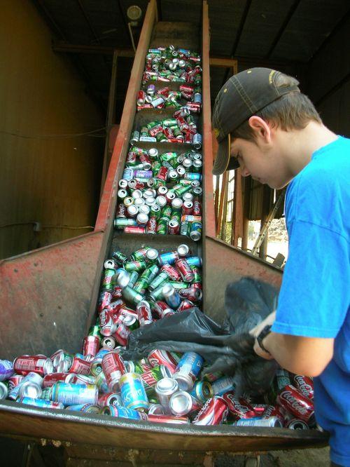 atliekų tvarkymo paslaugos,atliekų tvarkymas,komercinių atliekų tvarkymas,perdirbimas,skardinės,gali