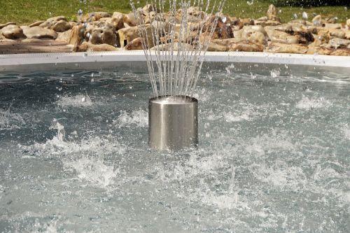 vanduo,fontaine,fontanas,vandens funkcija,plaukiojimo baseinas,burbulas,šventė,laisvalaikis,aušinimas,šlapias,purkšti,Calden,lauko baseinas,blogai,atsipalaidavimas,atnaujinti,atsipalaidavimas