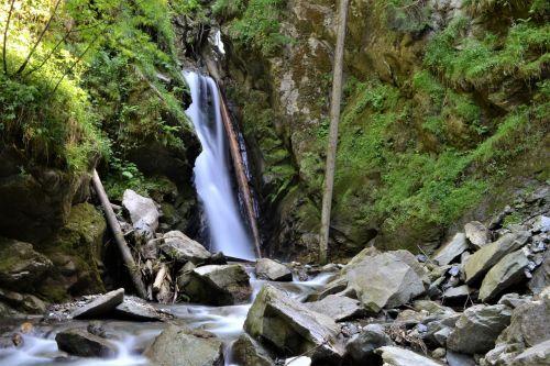 krioklys,gamta,austria,fonas,kriokliai,kraštovaizdis,mažas krioklys,vanduo,riaumojantis krioklys,miškas,upė,Bachas,Clam,kalnai,tyrol