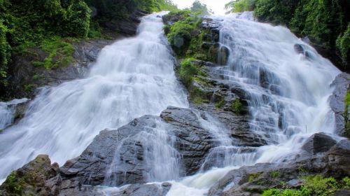 krioklys,kriokliai,kerala,vanduo,gamta,miškas,natūralus,žalias,Rokas,srautas,kritimas,aplinka,šviežias,lauke,judėjimas,kerala krioklys,vaizdingas,peizažas,upė,teka,charpa