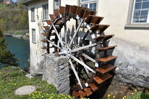 vandens ratas,malūnas,malimo ratas,vandens malūnas,vandens galia,Bachas