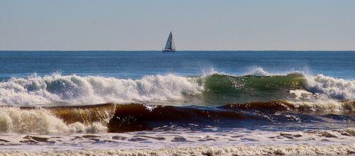 banga,purkšti,putos,farbenspiel,buriuotojas,jūra,vandenynas,buriu,mėlynas,dangus,gamta,poilsis,atsipalaidavimas,mėlynas dangus