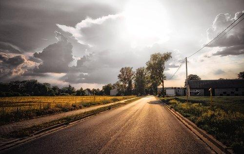 būdas, Gatvė, asfalto, saulė, debesys, dangus, kraštovaizdis, spinduliai, audra, Peržiūrėti, pobūdį, debesis, debesuotumas, Orų, ne iš teismo, Audros debesėlis, po to, kai audros, lietaus debesis, tamsūs debesys, lietaus, Aura, tamsus