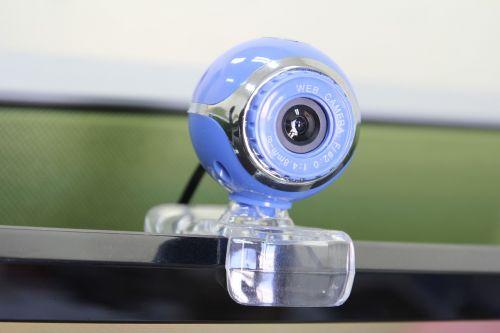 internetinė kamera,internetas,video,komunikacija,internetas,pokalbis,fotoaparatas,prietaisas,optinis,multimedija,įvestis,techninė įranga,priartinti,video konferencija,kompiuteris,kumštelis