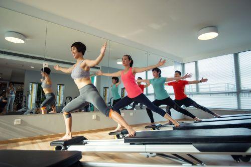svoriai,sveikata,laimingas,sportas,mokymas,joga,pilatesas