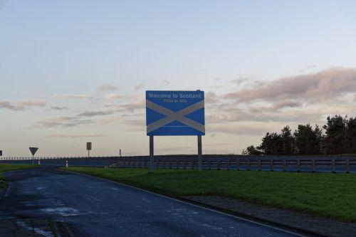 sveiki & nbsp, į & nbsp, Škotiją, sienos, škotiškas & nbsp, sienos, Škotija, vėliava, uk, vieta, ženklas, ženklas, Sveiki, žemė, kelias, saltire, škotų, mėlynas, balta, perėjimas, Sveiki atvykę į Škotlandą 2