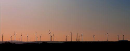 vėjo energija,energija,saulėlydis,dabartinis,pinwheel,aplinkosaugos technologijos,vėjo energija,aplinka,elektros energijos gamyba,Vėjo turbina,dangus,mėlynas,windräder,ekologija,ekologiškas,vėjas,propeleris,debesys,rotoriaus geležtės,alternatyva,rotorius,vėjo parkas,vėjo jėgainė,technologija,atsinaujinanti energija