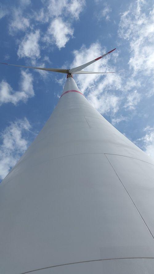 vėjo energija, pinwheel, Vėjo turbina, vėjo energija, energija, aplinkosaugos technologijos, aplinka, elektros energijos gamyba, mėlynas, dangus, debesys, ekologiškas, vėjo jėgainė, Alternatyvi energija, rotorius, atsinaujinanti energija