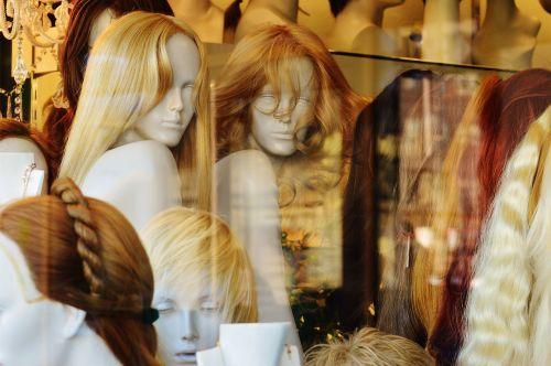 langas,manekenai,šukuosena,perukas,plaukai,Šviesiaplaukis