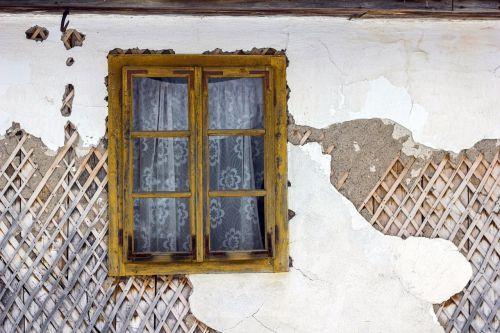 langas,senas,medinis,namas,architektūra,tradicinis,kaimas,Europa,kaimas,istorinis,paliktas,kaimas